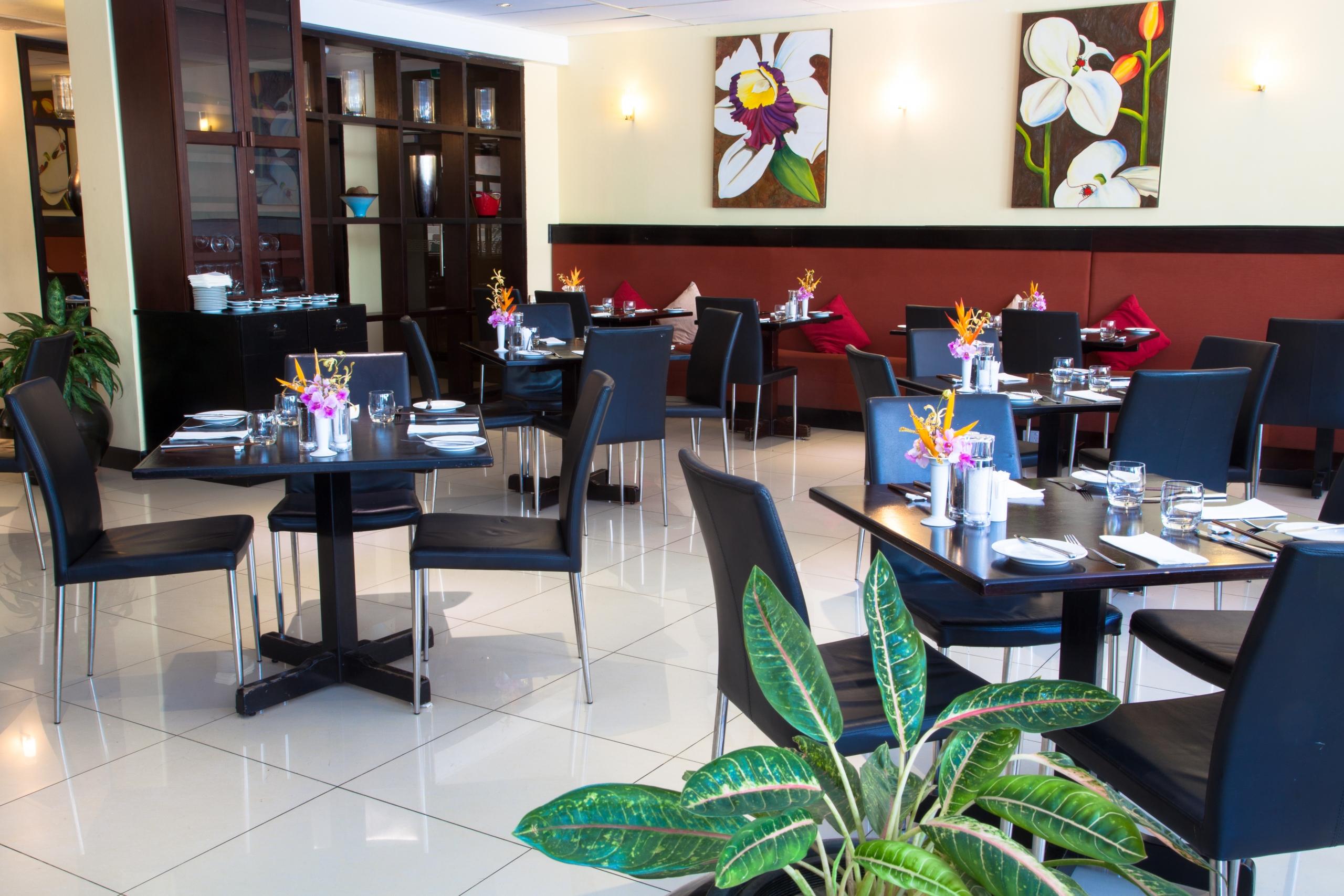 Gateway Hotel Wild Orchid Restaurant